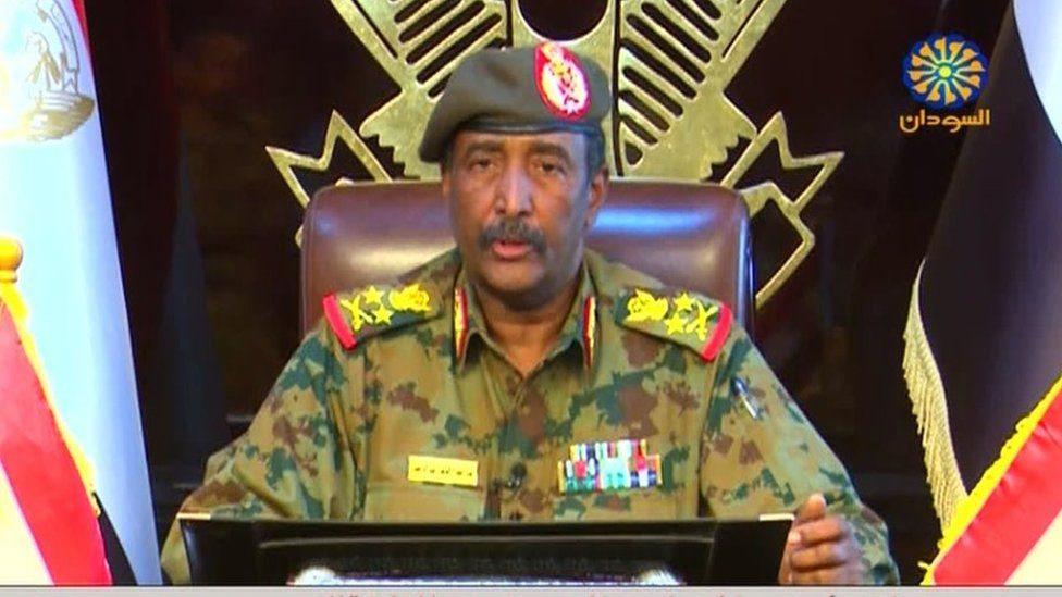 sudan:-xubno-dowladdii-hore-ka-tirsanaa-oo-xabsiga-loo-taxaabay