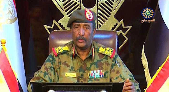 militeriga-sudan-oo-mudo-labo-sano-xilka-haynaya,-dabadeedna-maamul-rayid-ah-xilka-ku-wareejinaya