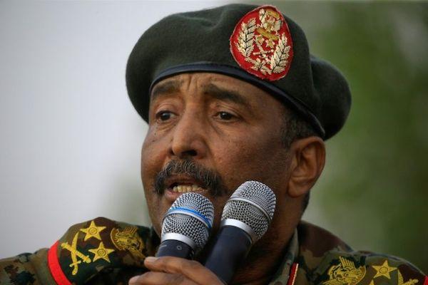 sudan:-al-burhan-oo-sheegay-in-uusan-ballan-qaadin-hagaajinta-xiriirka-israel