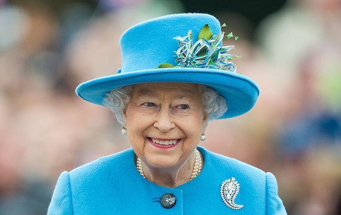 queen-elizabeth's-grandson-peter-phillips-and-wife-autumn-to-divorce