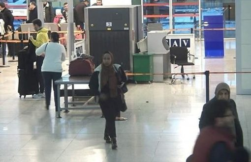 Somali man caught posing as woman to go to UK