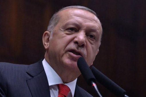 Erdogan oo hanjabaad hor leh u jeediyay ciidammada Suuriya