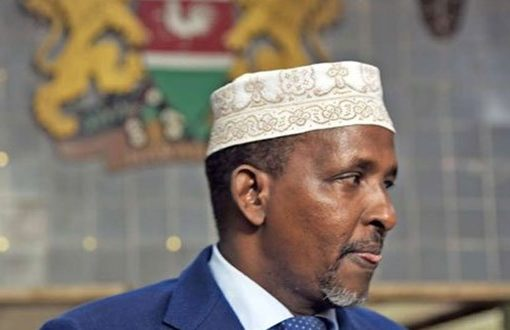 Duale on the spot for distributing expired food