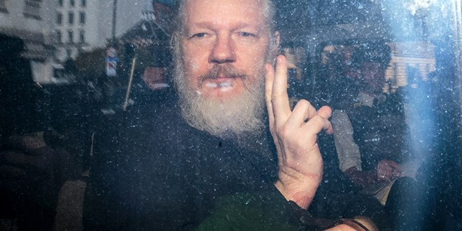 trump-admin-offered-assange-a-pardon-if-he-cleared-russia-over-email-leak,-lawyer-says