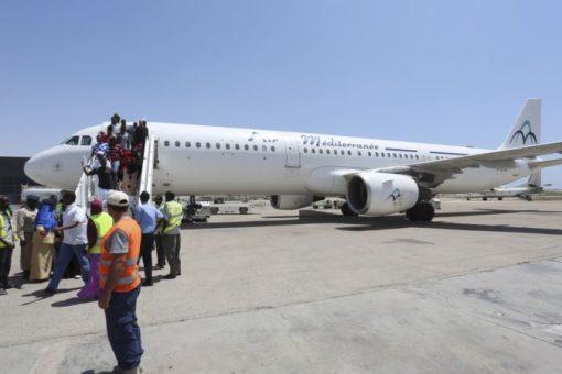Xayiraada duulimaad ee Somalia oo dhaqan gashay
