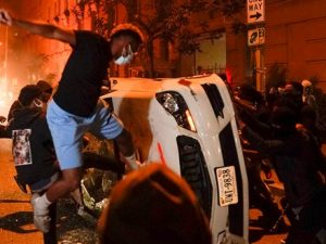 protesters-take-to-us-streets-for-a-sixth-night