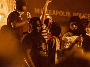 black-pain-is-ours:-minneapolis-somali-community-rallies-over-floyd-killing