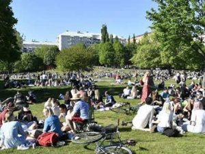 sweden's-coronavirus-death-toll-is-now-approaching-zero,-but-experts-are-warning-others-not-to-hail-it-as-a-success