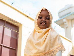 meet-muwado,-the-eight-year-old-girl-making-somalia-laugh