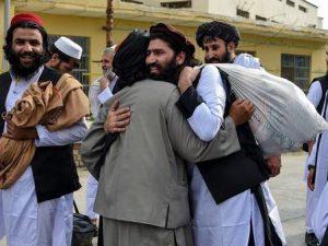 sawirro:-boqollaal-maxaabiis-taliban-oo-ooda-laga-qaaday-dalka-afghanistan