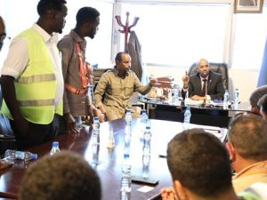 minister-defends-striking-workers-at-turkish-airport-firm-in-mogadishu