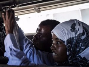 somalia's-first-female-mechanic-is-changing-stereotypes-one-vehicle-at-a-time