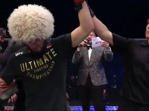 khabib-nurmagomedov-beats-gaethje-to-defend-title,-announces-retirement