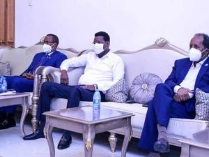 farmaajo's-two-key-fms-allies-to-declare-their-position-on-term-extension