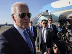 biden-at-nato:-ready-to-talk-china,-russia-and-soothe-allies