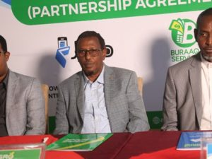boost-for-farmers-in-somalia-as-agriculture-based-bank,-agro-bank-signs-mobile-money-deal-with-somnet-telecom