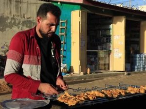 syrian-refugees-in-somalia-enrich-culture,-contribute-to-economy