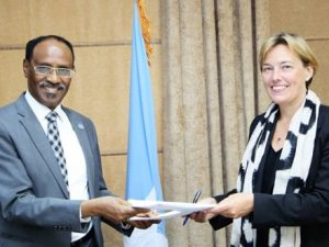 somalia-signs-$445-million-worth-of-development-projects-with-world-bank.
