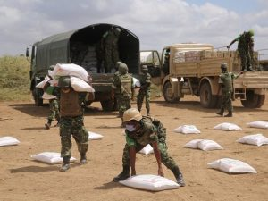 amisom-supports-the-delivery-of-lifesaving-assistance-to-jowhar-families