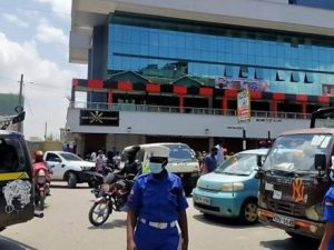 eastleigh-building-on-lockdown-after-bomb-scare